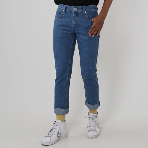 Foto Produk Edwin Celana Jeans Vegas 02 Reguler Fit Pria Pjg wrn Light Medium blue - Biru Muda, 29 dari Edwin Jeans