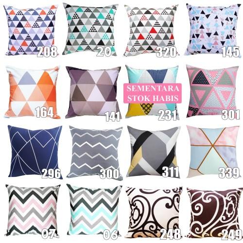 Foto Produk 40 x 40 cm Cushion cover / Sarung Bantal Sofa Motif Awan dari pondok aren shop