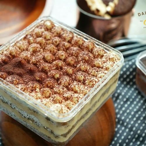 Foto Produk Dessert Cake Box Tiramisu Still-I-Miss-U dari Delicio Cake & Bakery