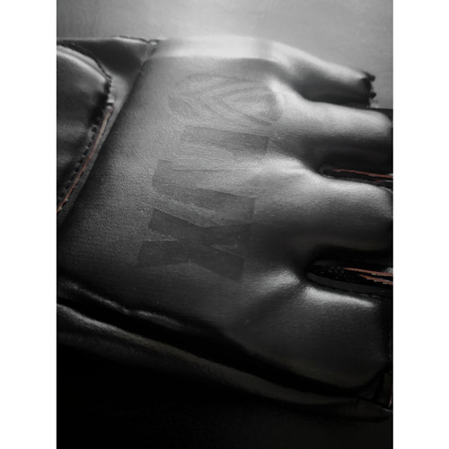 Foto Produk Pro MMA Hand Gloves / Sarung Tangan Tinju MMA Premium KRB Pro HITAM - S, Hitam dari KRB Pro