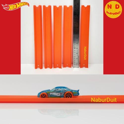 Foto Produk Hot Wheels Track Builder Straight Track Trek Lurus 300 mm (30 cm) - Reguler Oranye dari naburduit