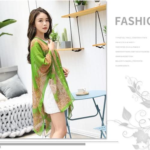 Foto Produk Floral Batik Print Blouse-Selendang Syal Pashmina Scarf Blezer Sifon - hijau muda dari jclubs