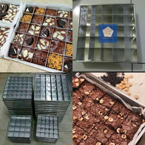 Foto Produk Loyang Kue Brownies Sekat ISI 25 / Cetakan Kue Sekat 20X20 cm dari Annugrah Loyang