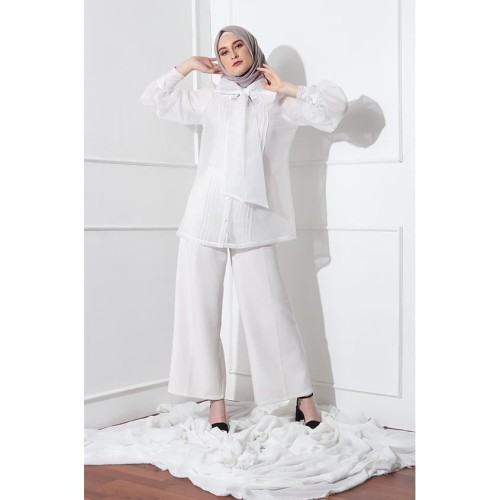 Foto Produk KNW Piqa Top - Blouse Wanita dari KNW