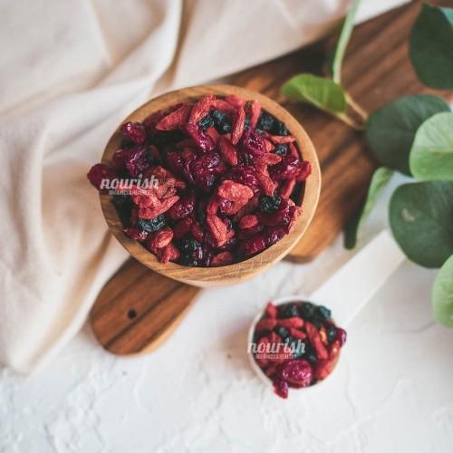 Foto Produk Berry Blast (Mix of Blueberry, Cranberry, Gojiberry) 250 gr dari Nourish Indonesia