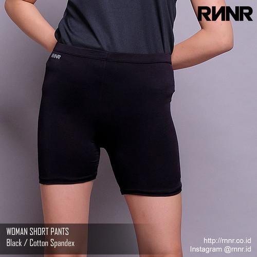 Foto Produk Celana Olahraga / Celana Lari Wanita / Celana Pendek Short Pants Hitam - Hitam, M dari rnnr