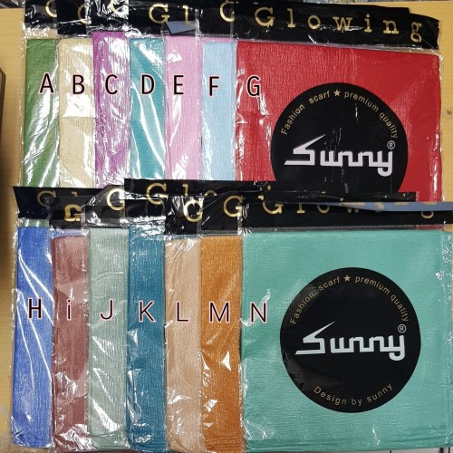 Foto Produk Jilbab Segi Empat Glowing Bella Sinar Glamour Glamorous by SUNNY dari Pusat Aneka Grosir