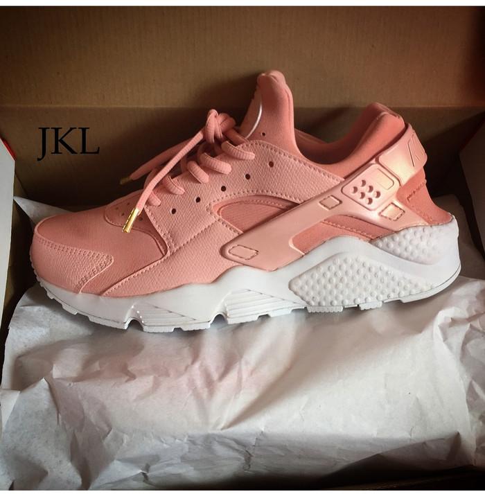 Nike Air Huarache Pink